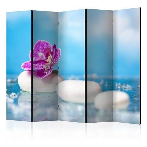 Parawan 5-częściowy - różowa orchidea i kamienie zen ii [room dividers] marki Artgeist