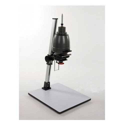 powiększalnik na negatyw 24x36, 60x60 wyposażony w obiektyw 75 mm marki Paterson