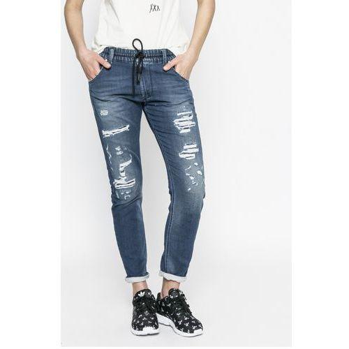 - jeansy, Diesel