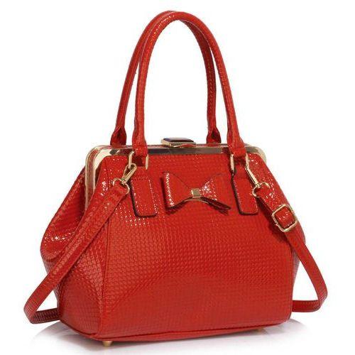 Czerwony lakierowany kuferek z kokardką - czerwony marki Wielka brytania