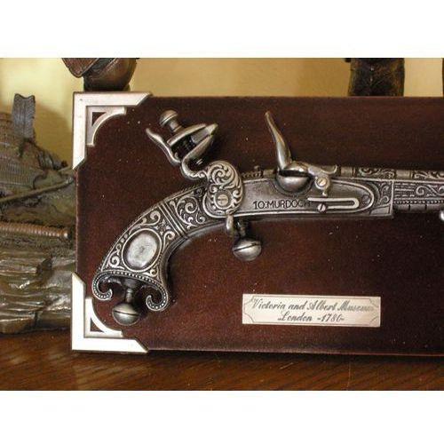 Hiszpania Miniaturka - szkocki róg barana z 1780 r + zawieszka (k304)