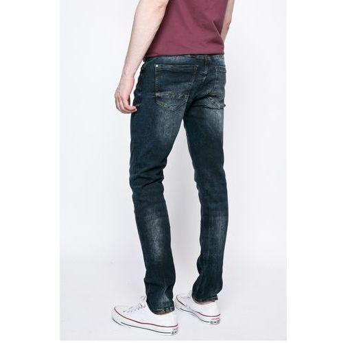- jeansy jet marki Blend