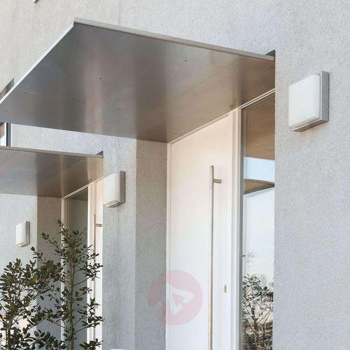 Zewnętrzna lampa ścienna ze stali quadro marki Lcd