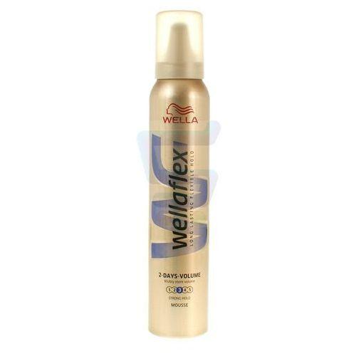 Pianka do włosów wella wellaflex 2-dniowa objętość mocno utrwalająca 200 ml marki Procter & gamble