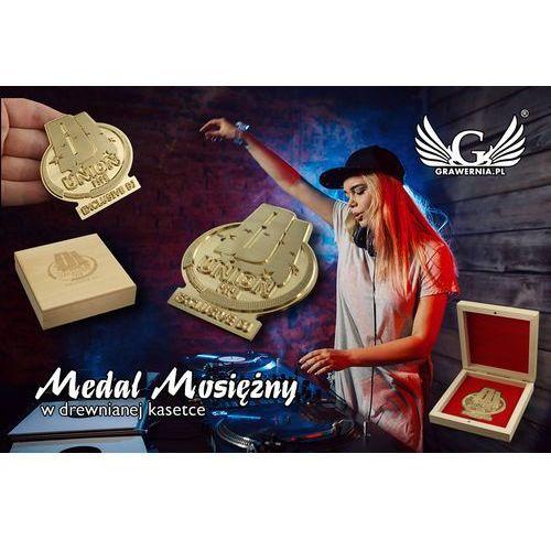 Medal mosiężny w drewnianej kasetce z grawerem - średnica 70mm marki Grawernia.pl - grawerowanie i wycinanie laserem
