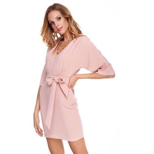 Sukienka silia w kolorze brzoskwiniowym marki Sugarfree
