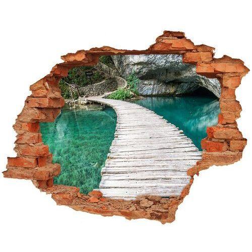 Dziura 3d w ścianie naklejka jeziora plitwickie marki Wallmuralia.pl