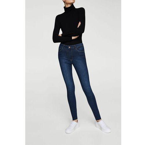 - jeansy soho marki Mango