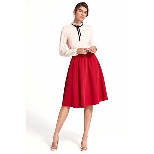Rozkloszowana czerwona spódnica do kolan marki Nife