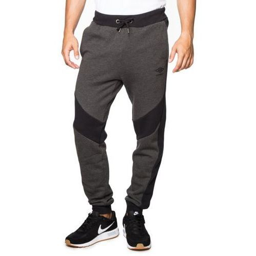 spodnie torsa marki Umbro