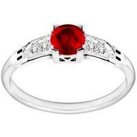 Pierścionek zaręczynowy z rubinem i brylantami 0,04ct - PK/007b