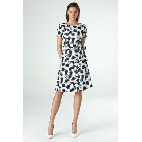 49e60d2377 Nife Wzorzysta sukienka o linii a z pask.