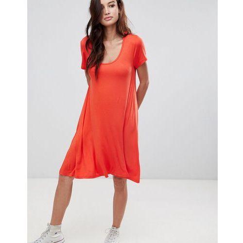 Brave Soul Swing Dress with Keyhole Back Detail - Red, w 4 rozmiarach