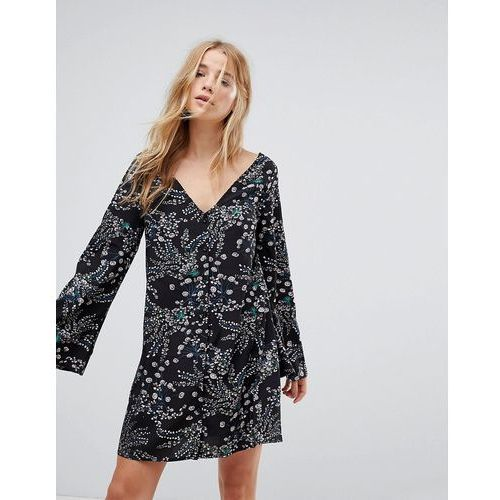 long sleeve tea dress with button front in grunge floral - black marki Glamorous