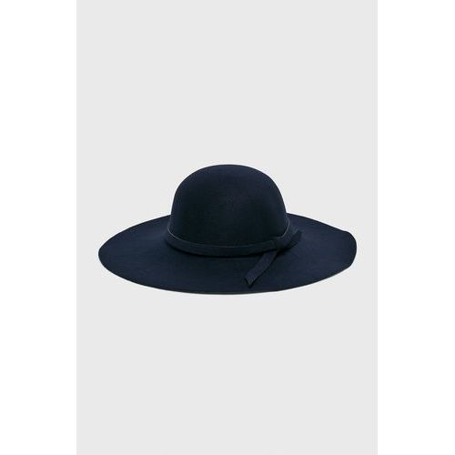 Answear - kapelusz falling in autumn