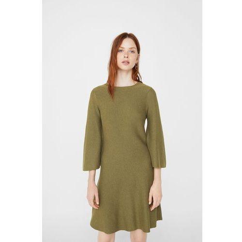 - sukienka fleare marki Mango