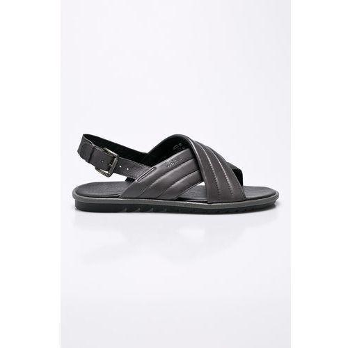 - sandały marki Wojas