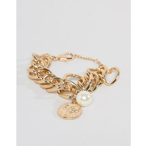 Missguided chunky bracelet in gold with coin and pearl charms - gold