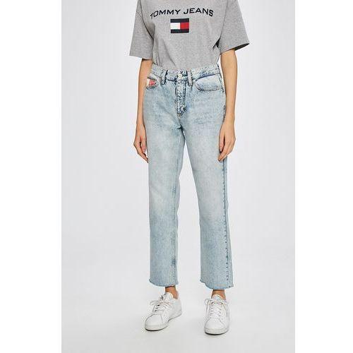 - jeansy 90s marki Tommy jeans