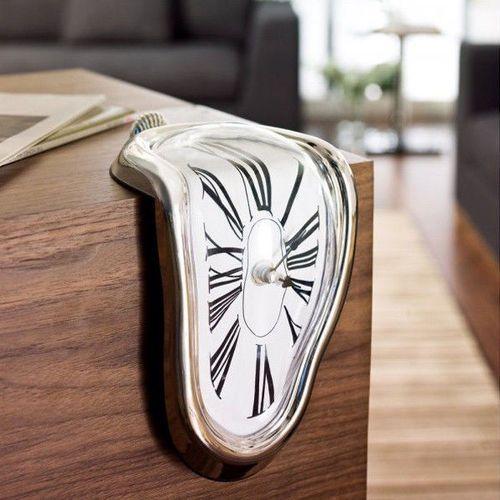 Cieknący zegar salvadora dalí marki Gadget master