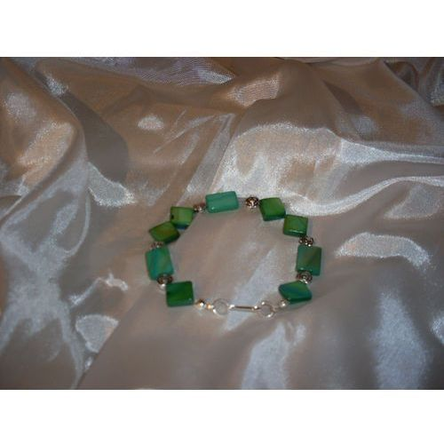 B-00003 Bransoletka na rękę z kostek masy perłowej, kolor beżowy