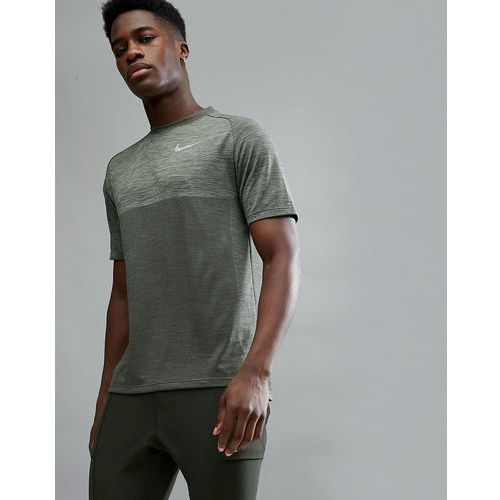 Nike running medalist knitted t-shirt in khaki 891426-355 - green