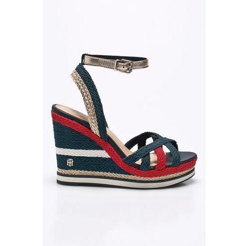 - sandały marki Tommy hilfiger