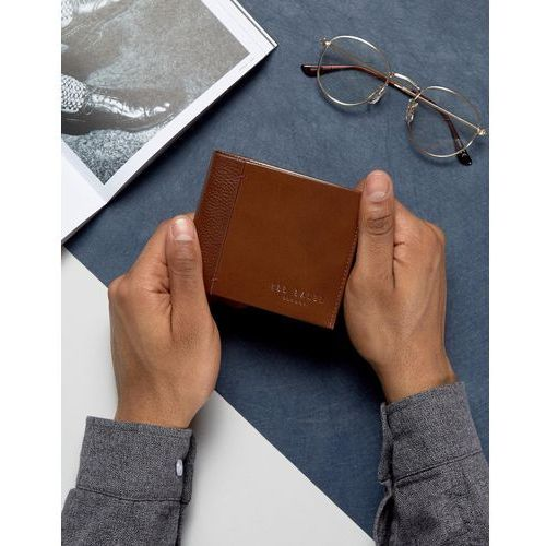 Ted Baker Wallet in Leather with Contrast Spine - Brown
