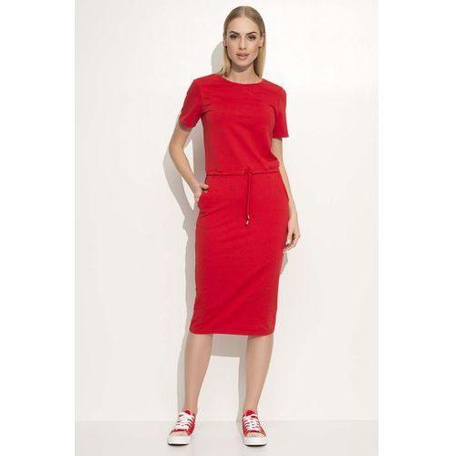bfcf880de5 Czerwona prosta dzianinowa sukienka midi wiązana w pasie