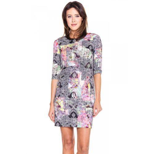 Krótka sukienka w kolorowy wzór - Sobora