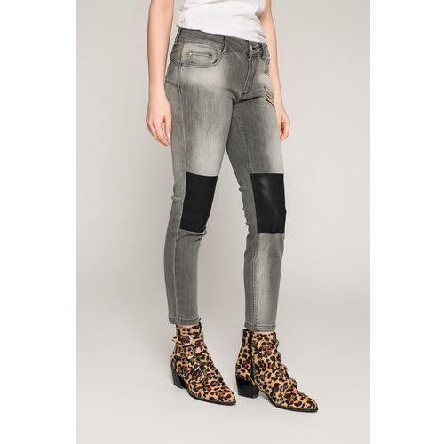 - jeansy, Silvian heach