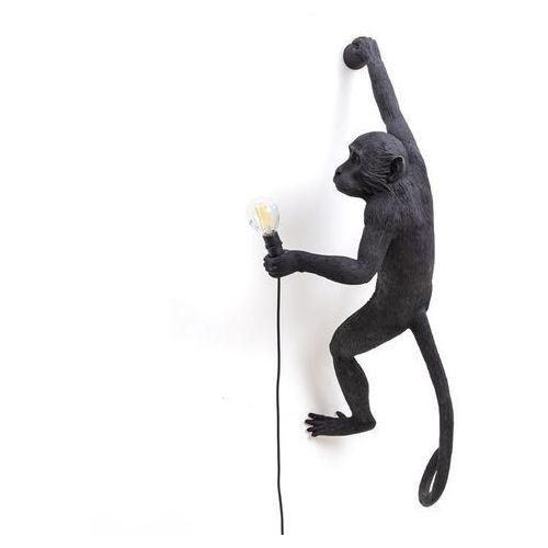 Seletti Monkey-kinkiet zewnętrzny małpa zawieszona na prawo z abażurem wys.76,5cm (3663710154295)