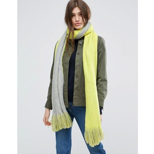 long tassel scarf in supersoft knit in colour block - yellow marki Asos