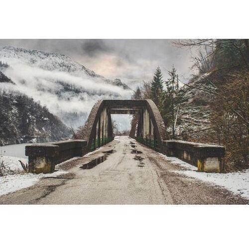Fototapeta na ścianę kamienny most w ośnieżonych górach fp 5477 marki Wally - piękno dekoracji