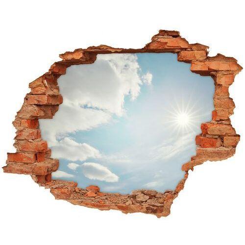 Dziura 3d w ścianie naklejka chmury na niebie marki Wallmuralia.pl