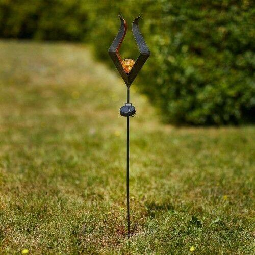 Solarna lampa z grotem ziemnym led 48702 z kulą marki Eglo