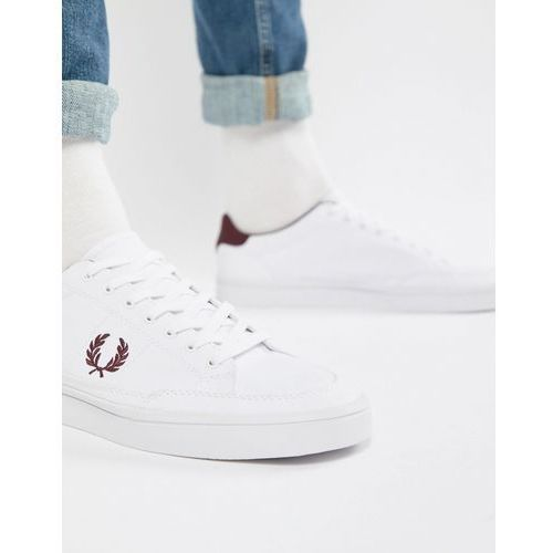 Fred Perry Deuce Canvas Trainers in White - White