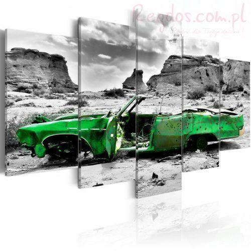 Obraz - zielony samochód w stylu retro na pustyni kolorado od producenta Artgeist