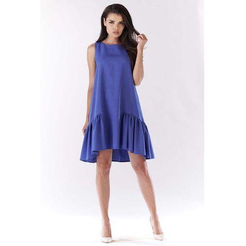 Niebieska sukienka wizytowa z falbanką na dole marki Awama