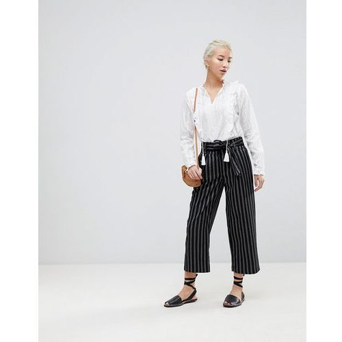 New Look Wide Pinstripe Tie Waist Crop Trousers - Black
