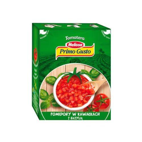 Pomidory w kawałkach z bazylią