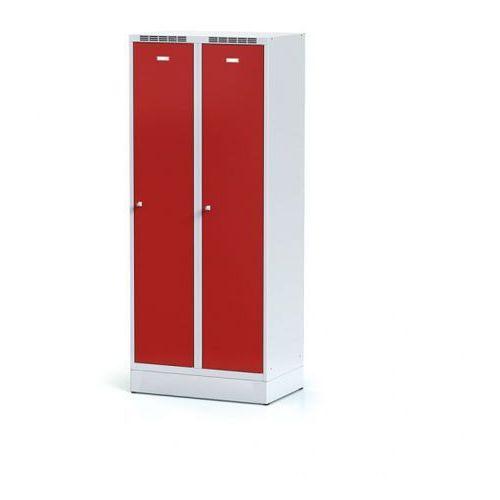 Alfa 3 Metalowa szafka ubraniowa z przegrodą, na cokole, czerwone drzwi, zamek obrotowy