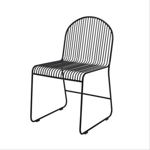 Krzesło stołowe metalowe Friend, czarne - Bloomingville
