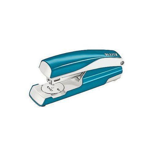 Zszywacz średni metalowy wow metaliczny niebieski 30 kartek 55021036 marki Leitz