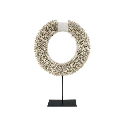 ręcznie wykonany papuaski naszyjnik z muszelek na metalowej podstawie, rozmiar m aoa9943 marki Hk living