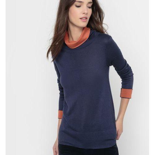 Dwukolorowy sweter z golfem z domieszką wełny, z