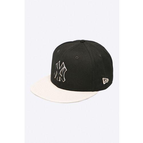 - czapka contrast marki New era