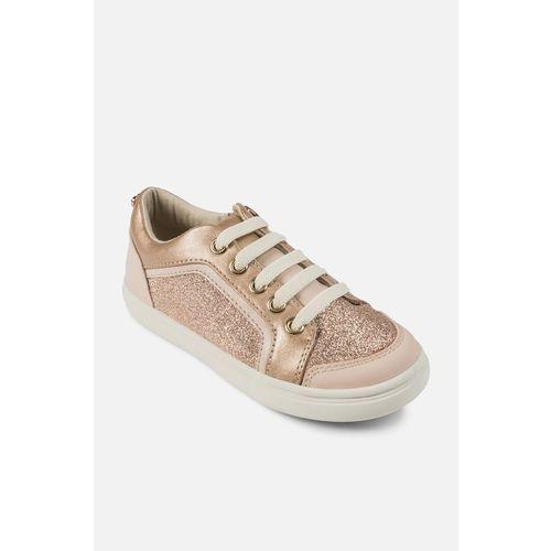 - buty dziecięce marki Mayoral