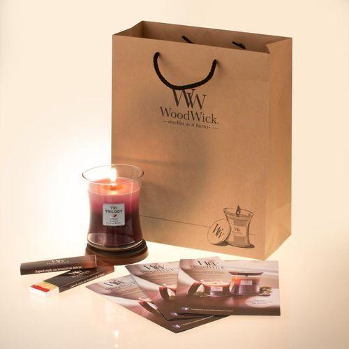 - zapałki do świec marki Woodwick