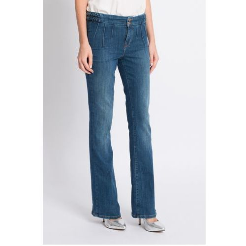 - jeansy marki Guess jeans
